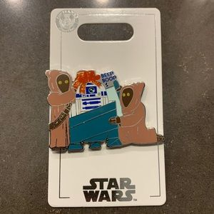 Disney Christmas Star Wars Pin Jawas and R2-D2